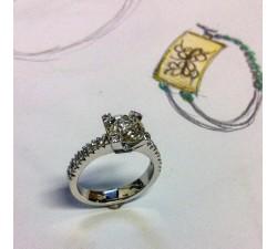 Anello oro bianco con diamanti taglio brillante MG.01 GIOIELLERIA 1.000,00€